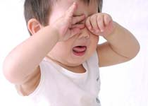 去除胎记后 孩子老哭怎么办