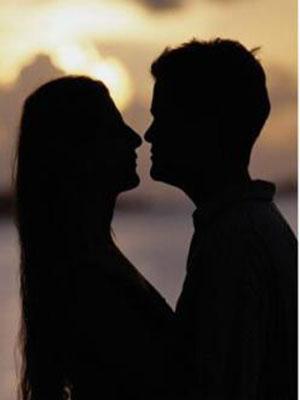 国际接吻日:接吻可预防口腔疾病